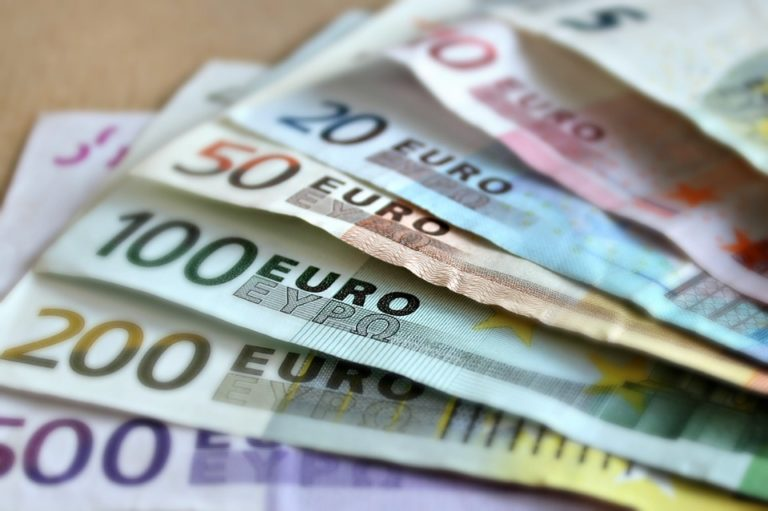 The Euro's Future Can Be Found in the Dollar's Past